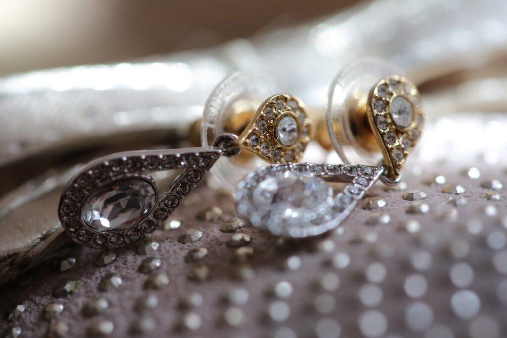 Jewellery Shopping 1